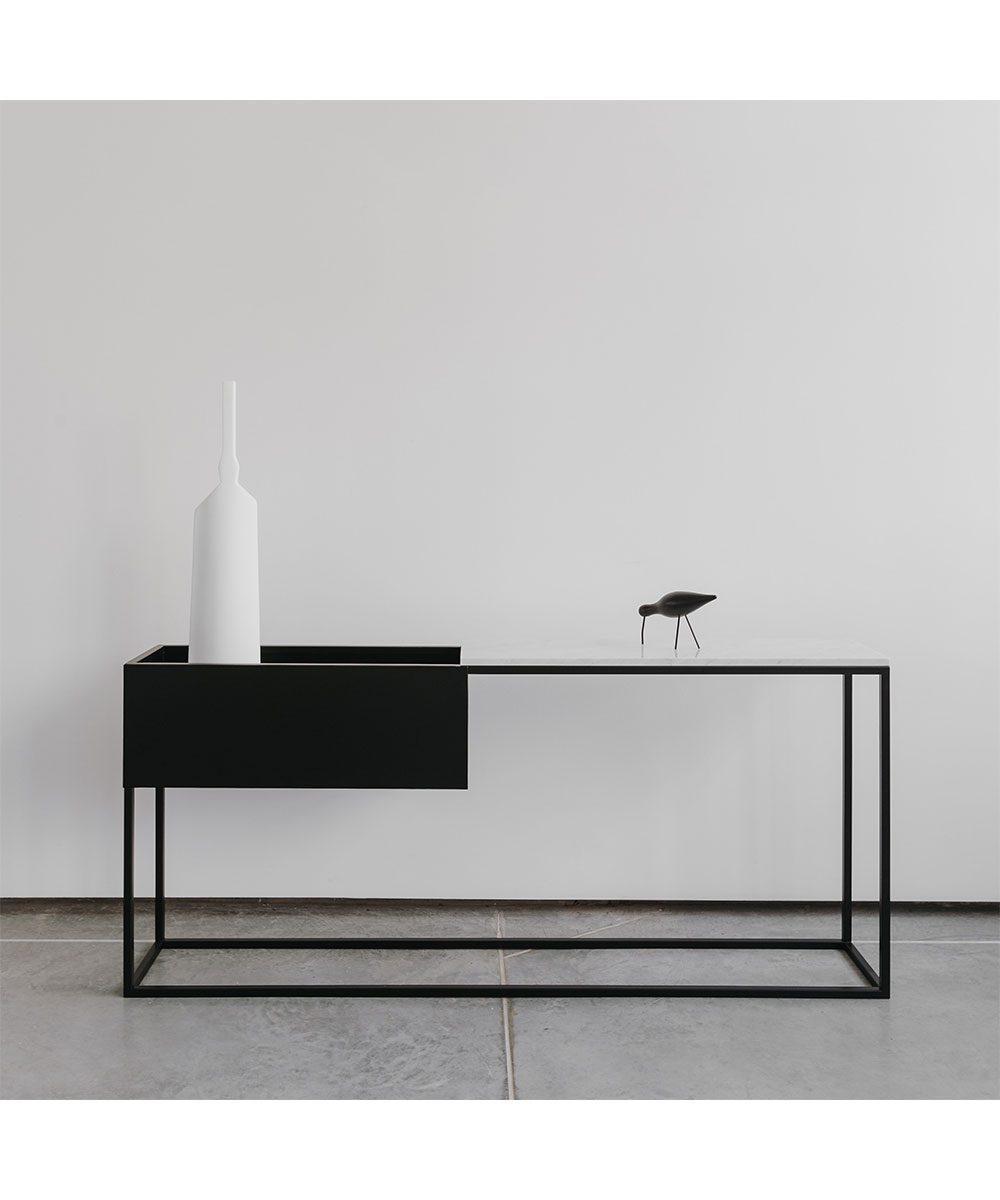 Vivid-Gallery-Uncommon-Box-Maxi