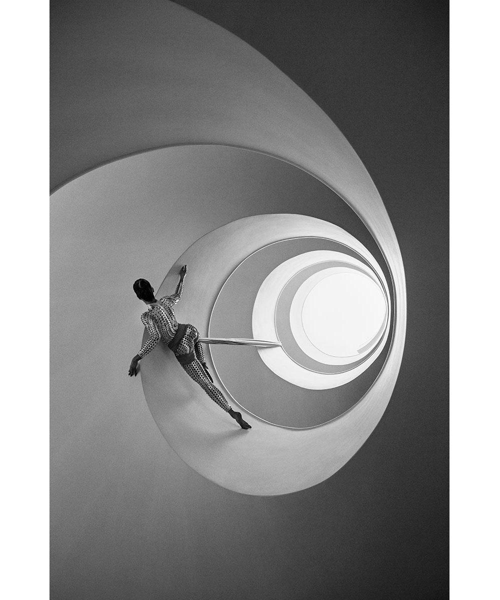 Vivid-Gallery-Szymon-Brodziak-Loop-#2