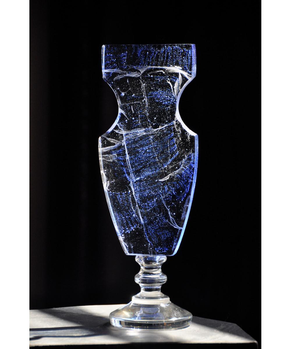 Vivid-Gallery-Elzbieta-Trzewiczek-Pietkiewicz-Vase-blue-obiekt